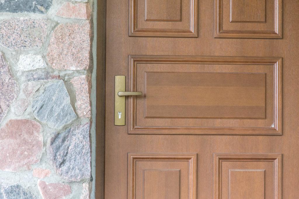 drzwi zewnętrzne tradycyjne