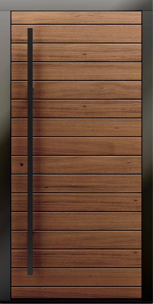 Drewniane drzwi zewnętrzne z widocznymi deskami drzwi Kverko