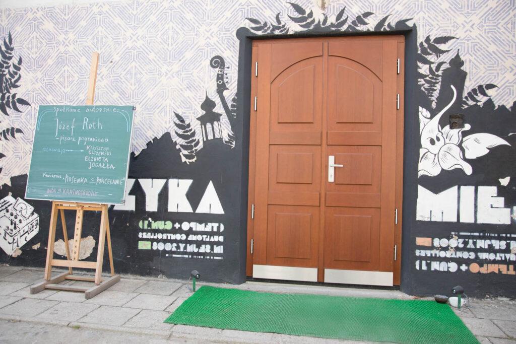 prawdziwe drzwi klasyczne